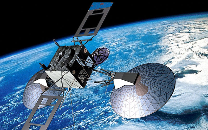 satellite technology But just how big is a satellite check out how current and future satellites stack up against some everyday objects noaa's satellite fleet is made up of a variety of spacecraft, from the 3,238kg goes-15 satellite to the 570kg dscovr satellite.